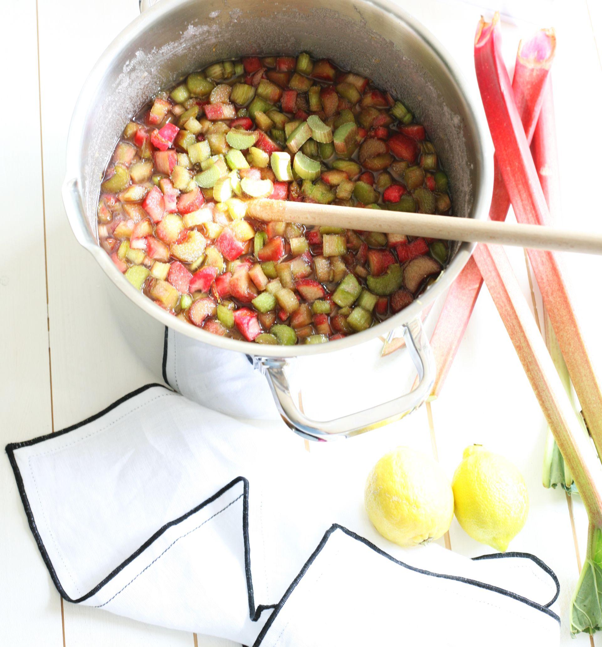 Rhabarbersirup Rezept, Zucker, Sirup, Limonade, Frühling