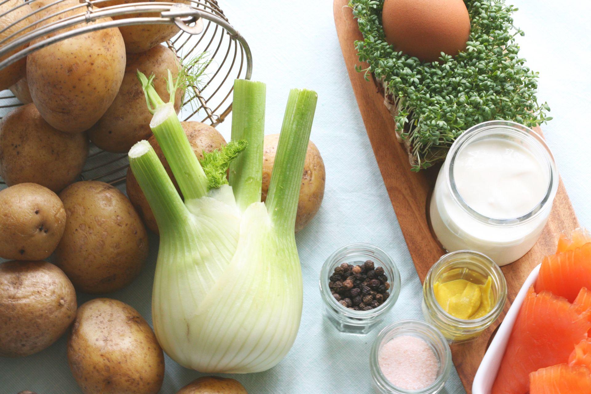 Rösti aus Kartoffeln und Fenchel mit gebeiztem Lachs