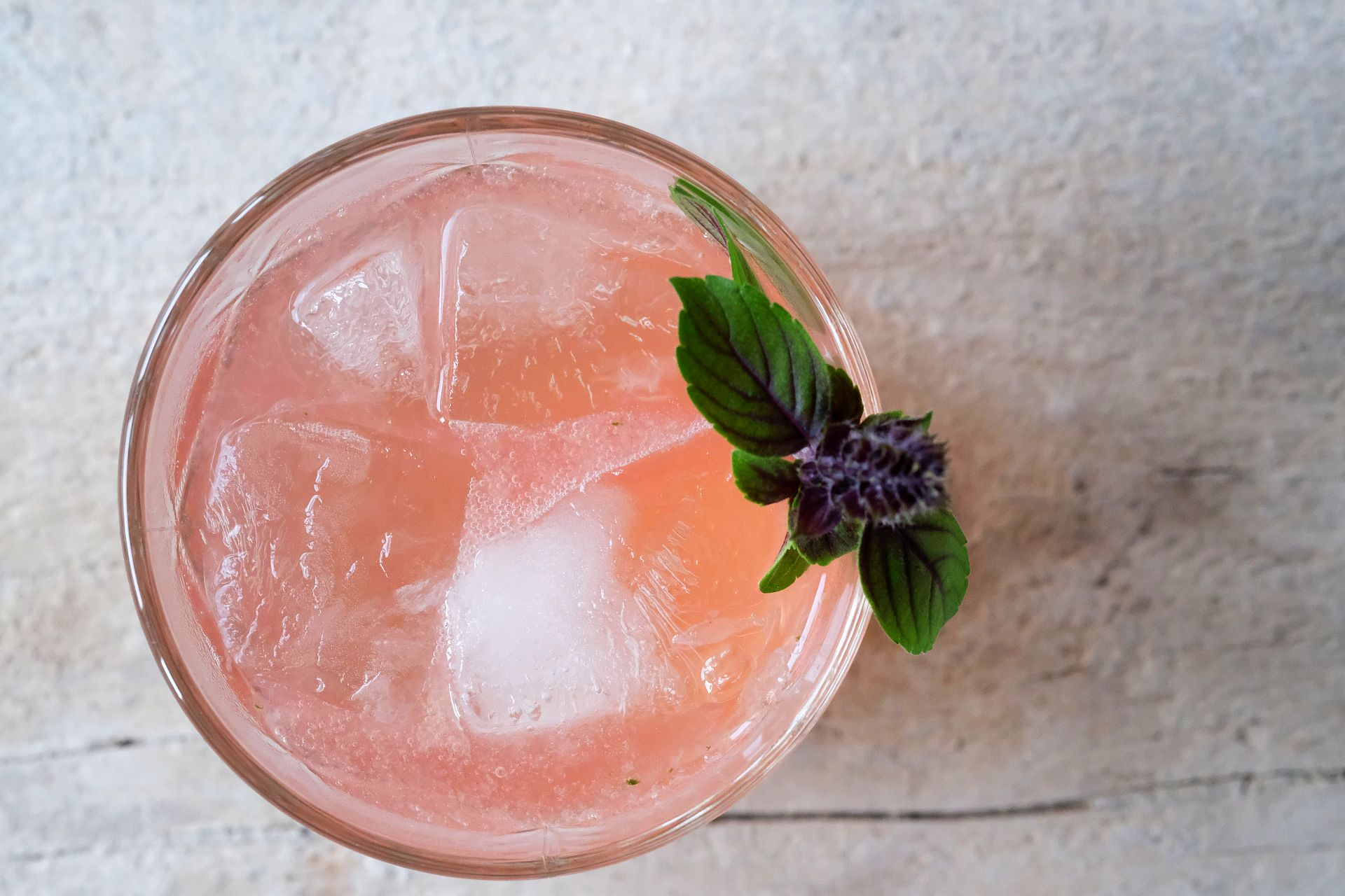 Pink Ginger Lady mit Grappa