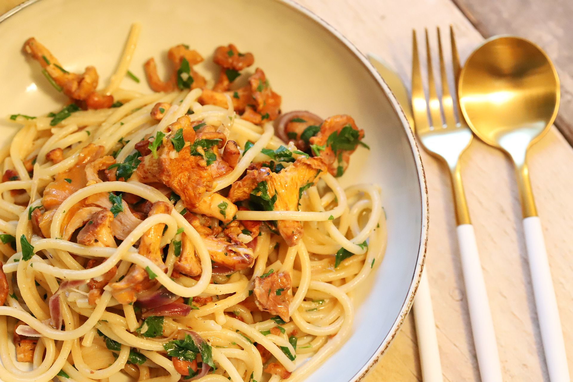 Spaghetti mit Pfifferlinge, Sahne-Whisky-Sauce