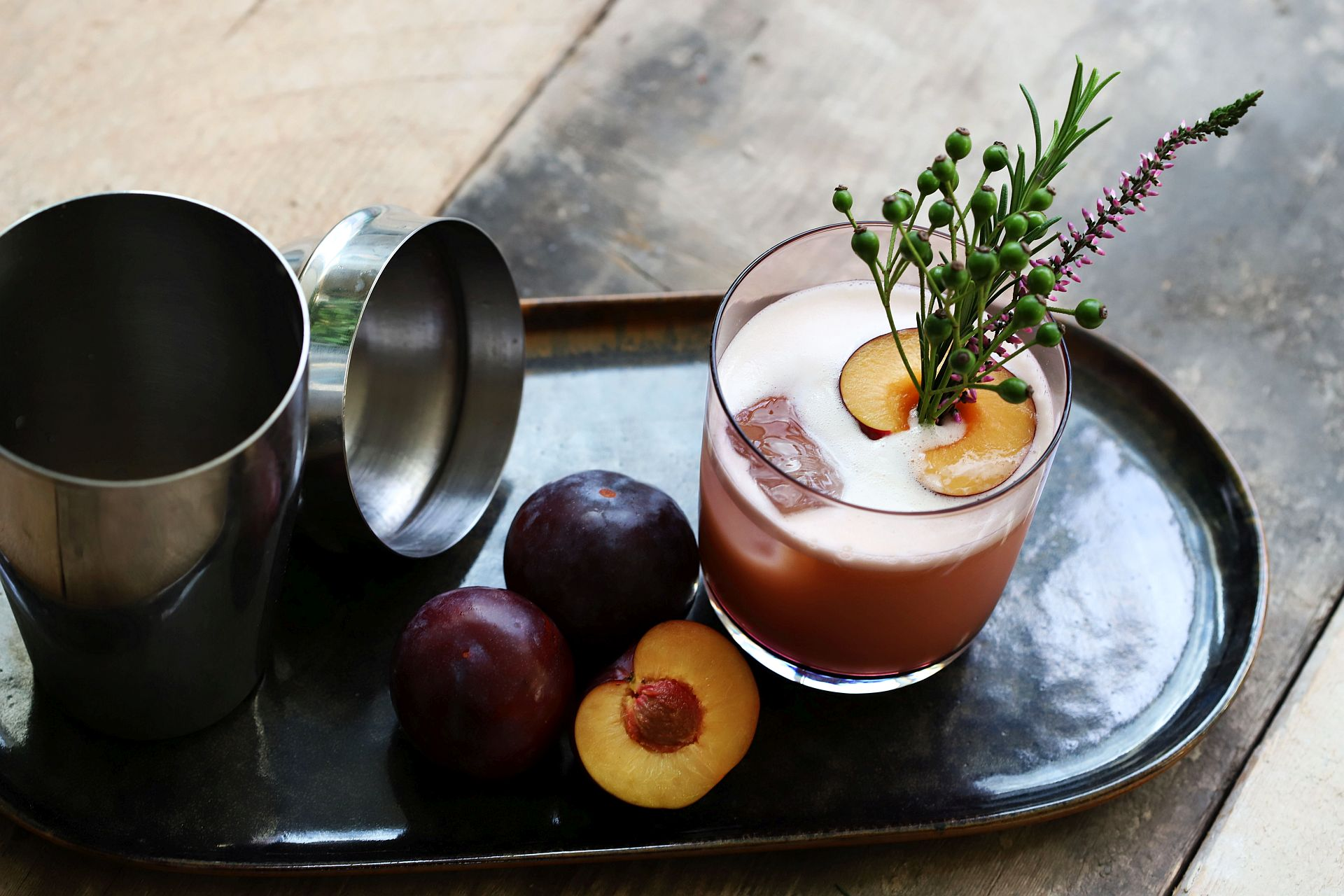 Whiskey mit Whiskey Sour-Ginger-Plum