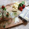 Erdbeer-Matcha-Tiramisu mit weißer Schokolade