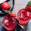 Gin Tonic mit Rote Bete & Koriander Reduktion
