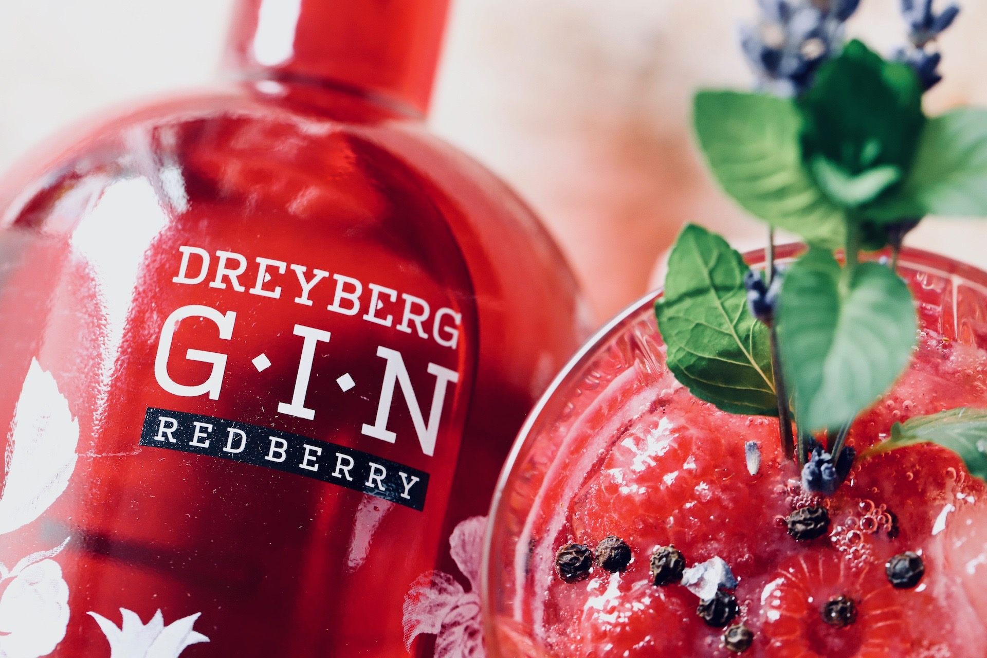 Gin Tonic Red Berry