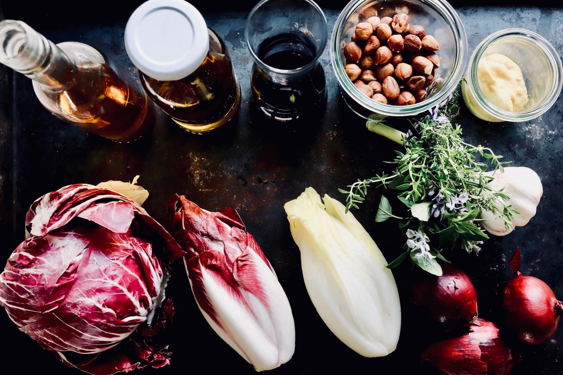 Rezept für Radicchio Salat mit Haselnüssen